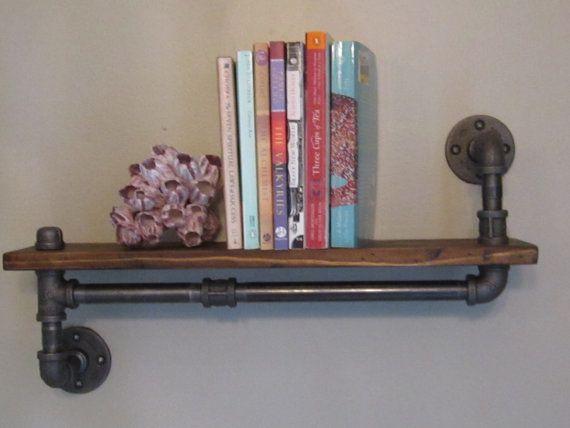 Industrial Pipe Shelf por IndustrialHomeBazaar en Etsy, $74.00