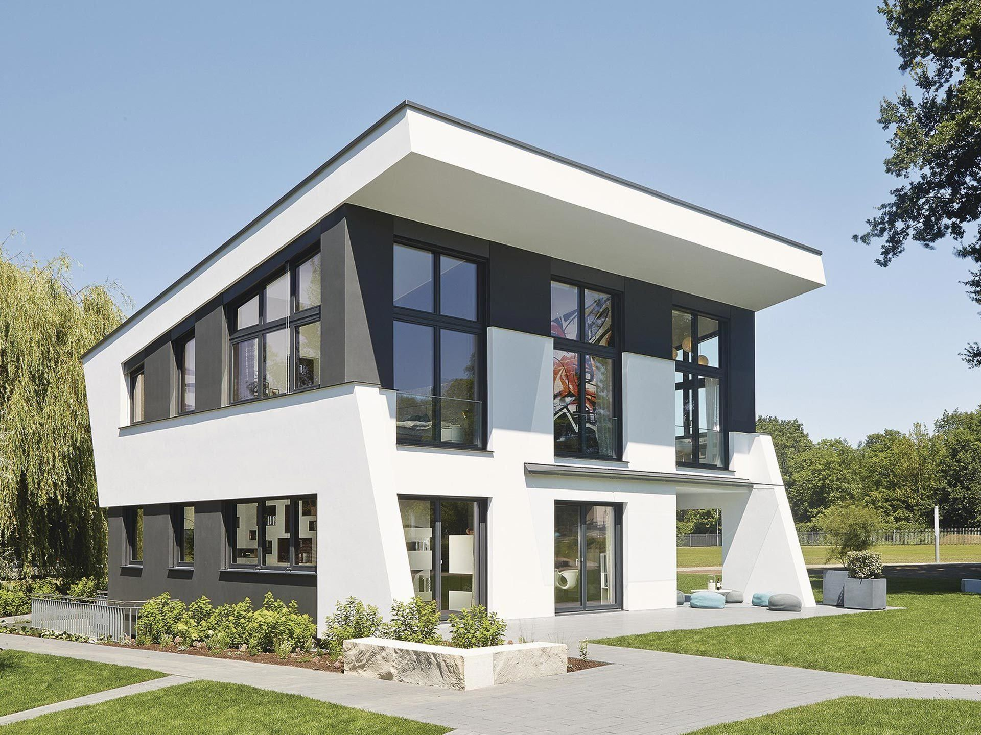 Ausstellungshaus rheinau linx jubil umshaus fertighaus for Einfamilienhaus modelle