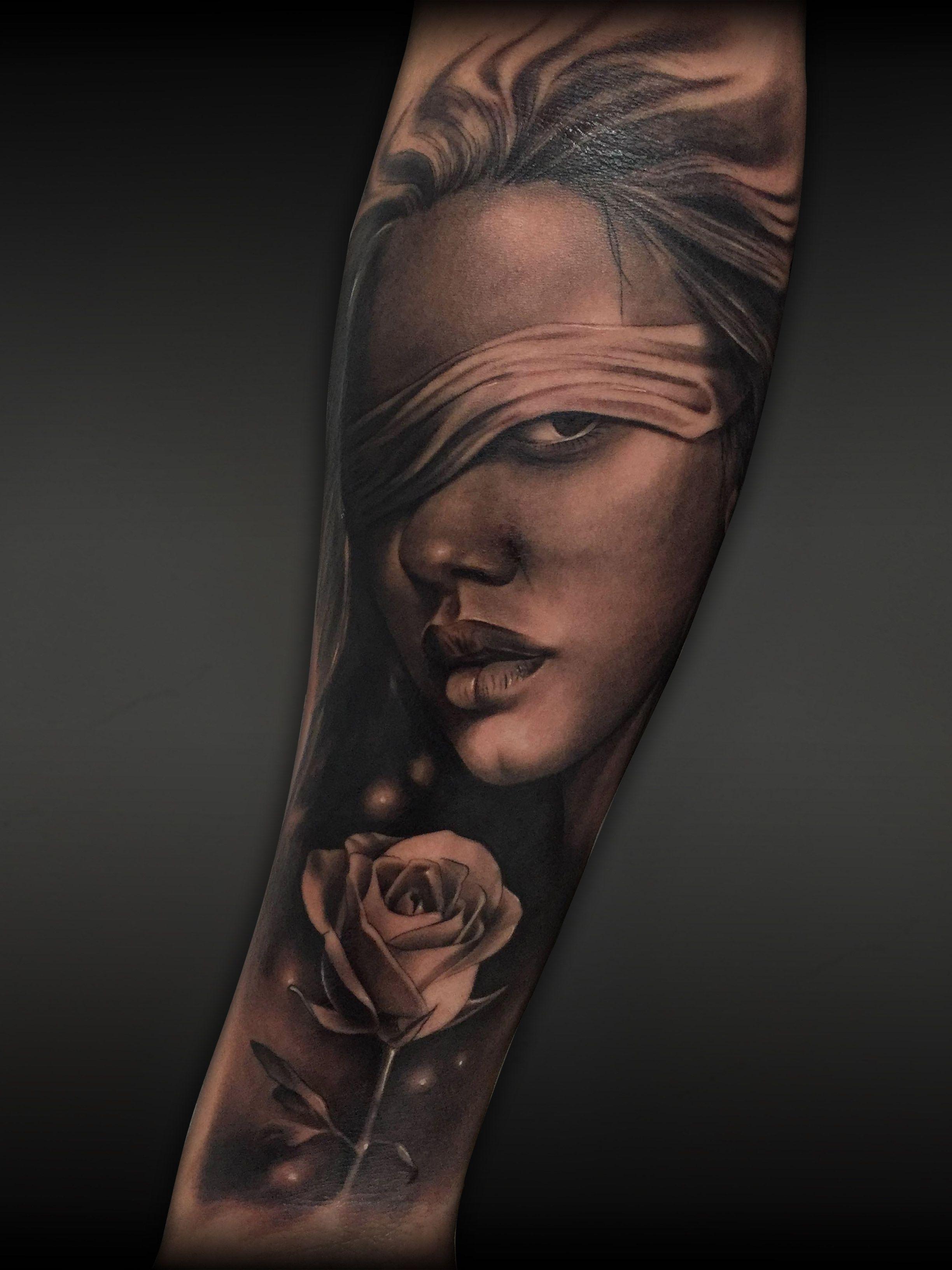 Tattoo Realismo Mujer