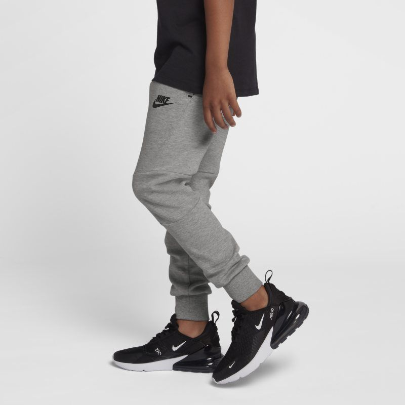 Sportswear Tech Fleece Older Kids' (Boys') Trousers in 2019