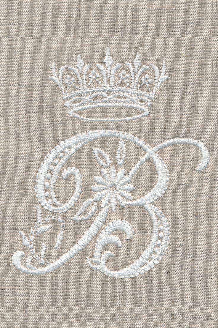"Stamped Cross Stitch Kit /""3 White Roses/"" 31/""x20/"" large flower design"