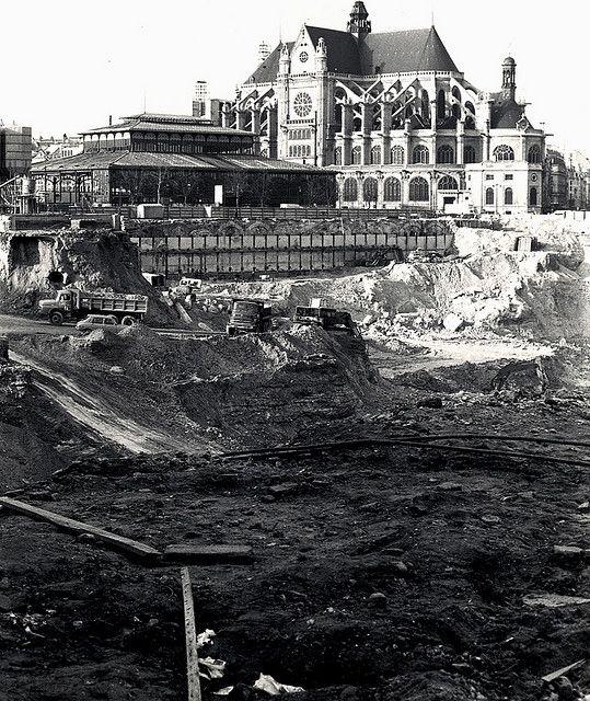 1974 les halles travaux de terrassements les halles la for Piscine les halles