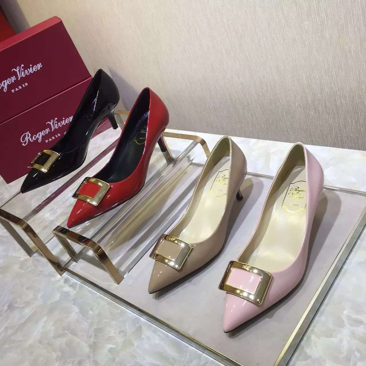 c59ebe0c231c roger vivier Shoes
