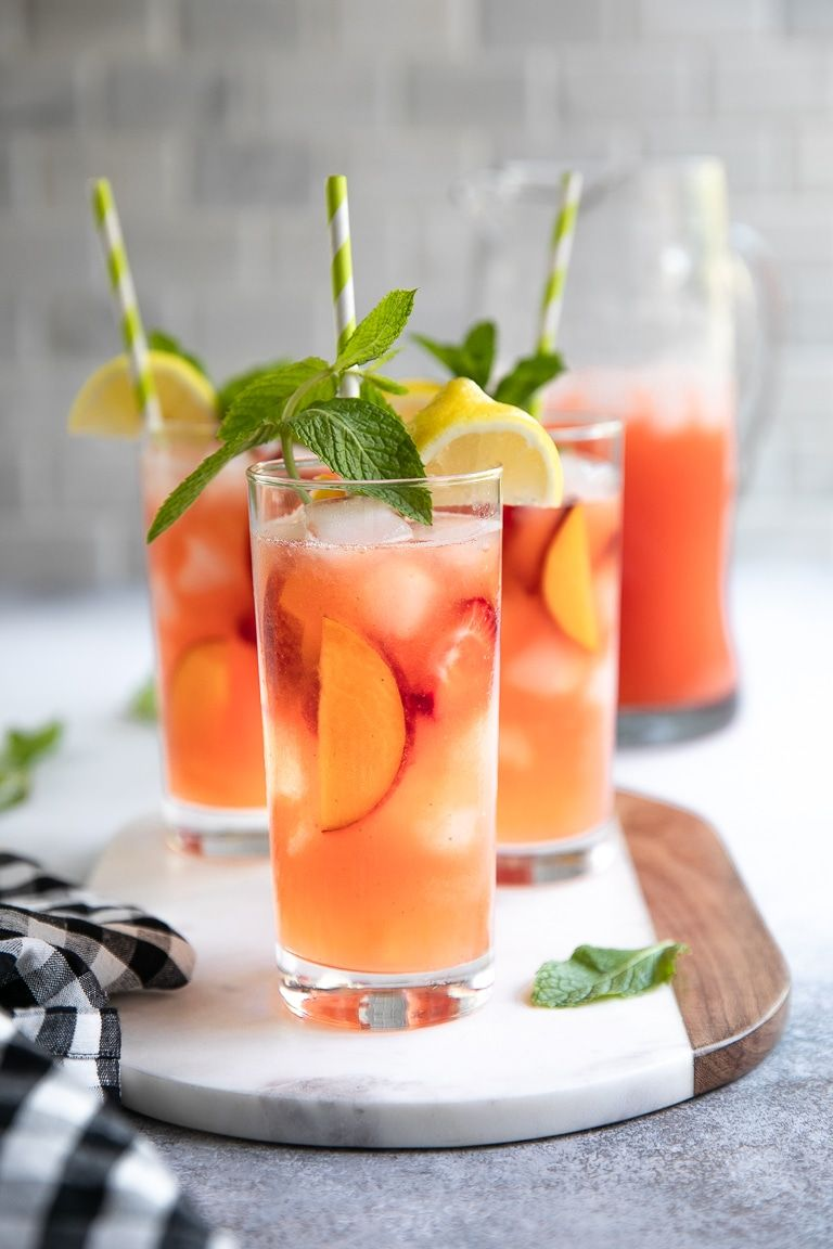 Peach Strawberry Lemonade Recipe (with less added sugar) - The Forked Spoon