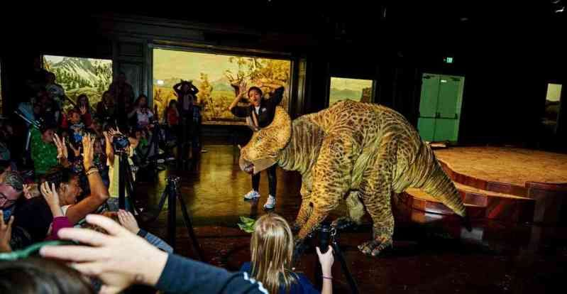 Art Jobs Puppeteer Triceratops And Saber Toothed Cat Full Suit Jobs In Art Performance Artist Art Programs