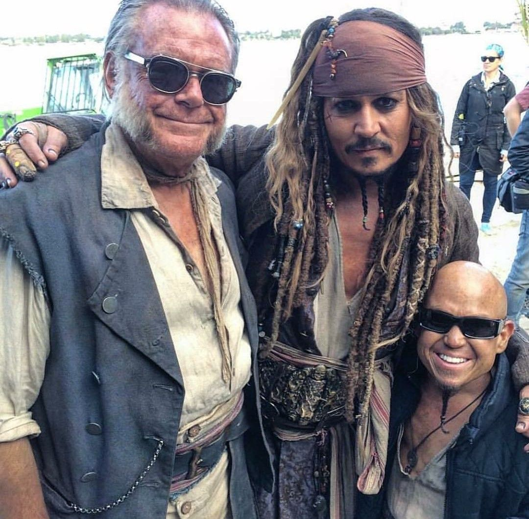 Pin By Jeanne Skala On Pirates Of The Caribbean Pirates Of The Caribbean Johnny Depp Pirates
