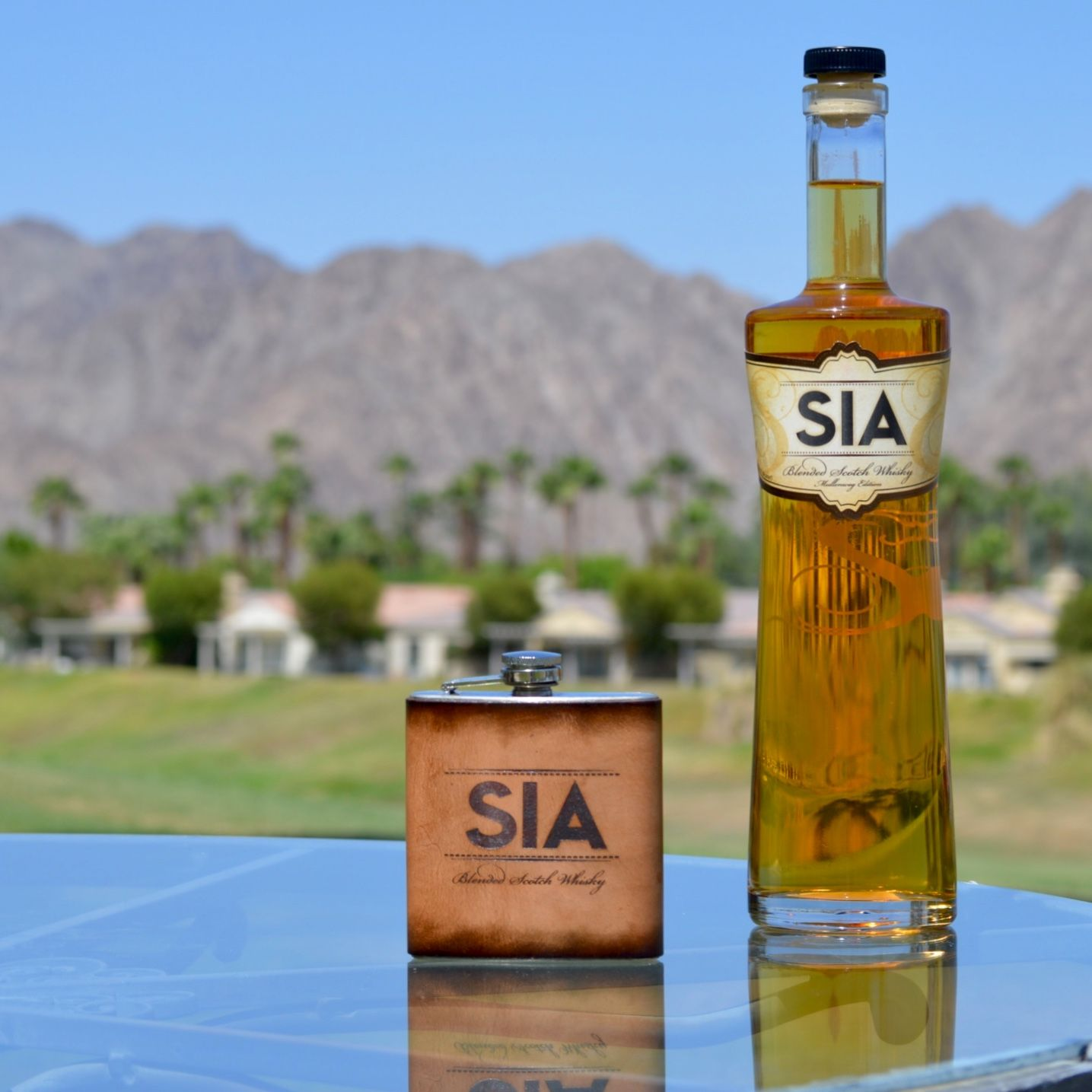 Golf. #PalmSprings. Desert. And SIA Scotch Whisky. That's all you need.