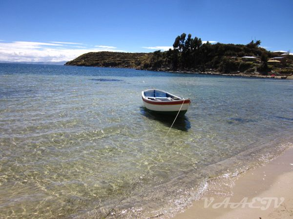 Praia na parte norte da Isla del Sol