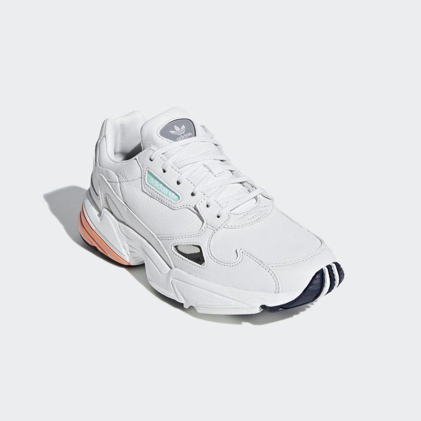 Oswald dólar estadounidense Dar  Zapatilla Falcon Crystal White / Crystal White / Easy Orange B37845    Decoración de zapatos, Zapatos deportivos nike, Zapatillas
