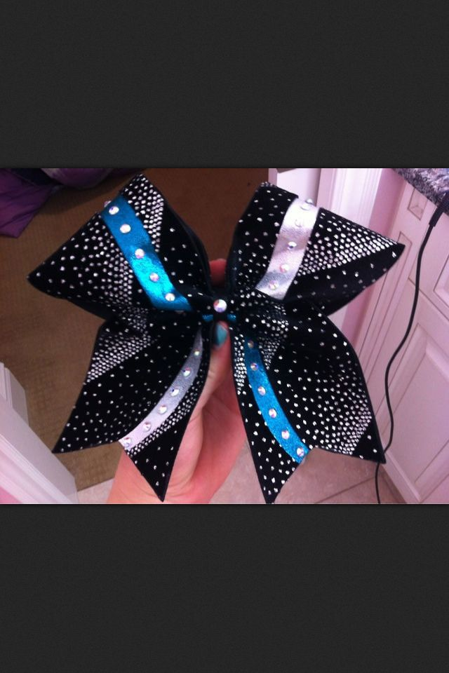 Cute cheer bow!