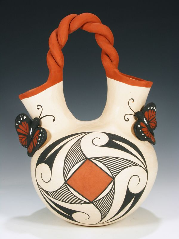 Acoma Pueblo Pottery Wedding Vase By Nadine Mansfield Tangle On It