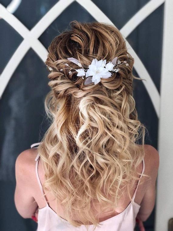 Bridal floral comb flowers headpiece Wedding silver wire hair pin Bohemian white floral hair accessories Boho hair piece Bridal bun