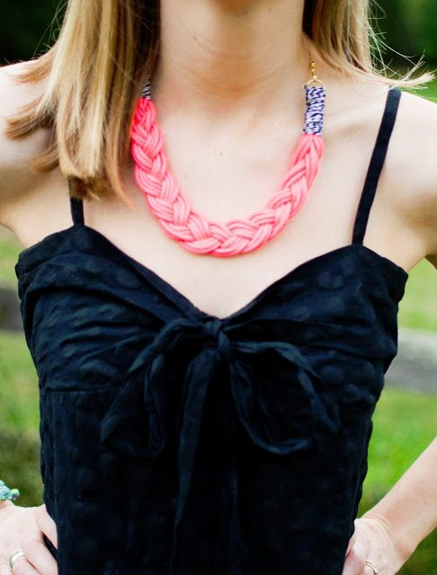 art actually: braided necklace diy. (this one actually shows you how to do it)