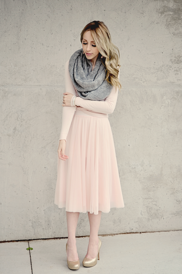 Modest doesn't mean frumpy. #DressingWithDignity www ...