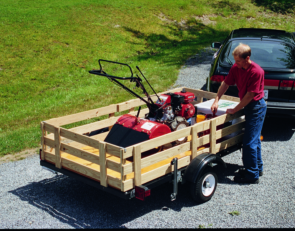 How to Build a Utility Trailer From a Kit Utility