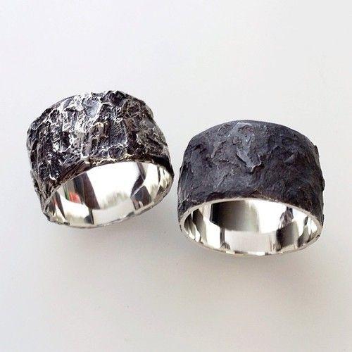 Contrast shine vs matte finish Black Dark Setting Jewelry