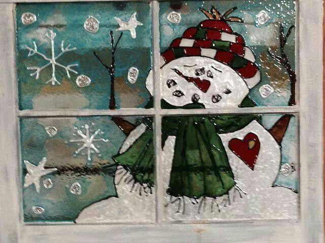 Snowman painted on Window