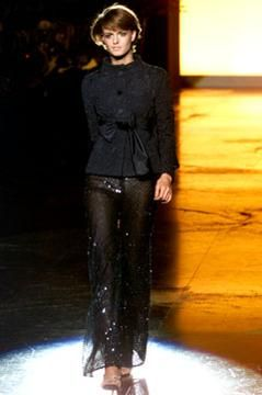 spring-2002-couture/valentino/collection