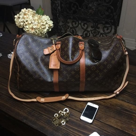 7f59f873a Louis Vuitton keepall bandouliere 55 weekender bag Authentic vintage louis  vuitton keepall bandouliere 55. This bag does have signs of wear and slight  ...