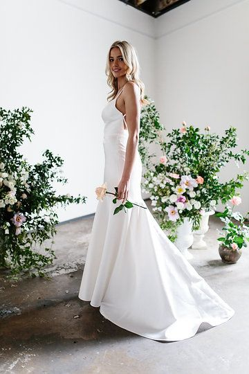 Karen Willis Holmes 'Jessie/Catrino' wedding gown.   Follow us - @KWHBridal | Photography - Sophie Thompson . #karenwillisholmes #bridetobe #laceweddingdress #modernwedding