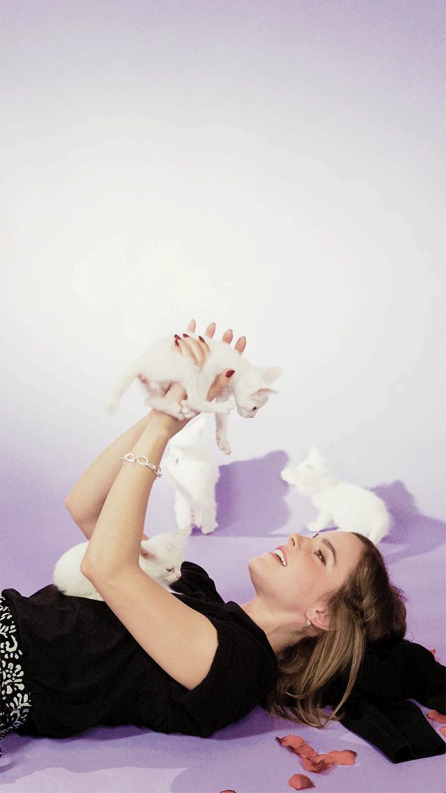 Emma Watson Lockscreens Wallpapers