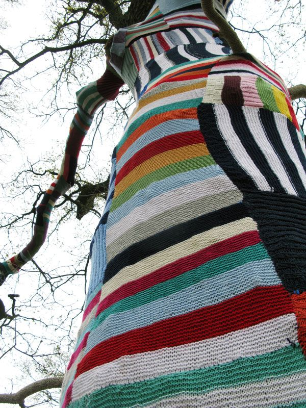 Colourful additions in the landscape. Knitting at the Floriade 2012, Holland.