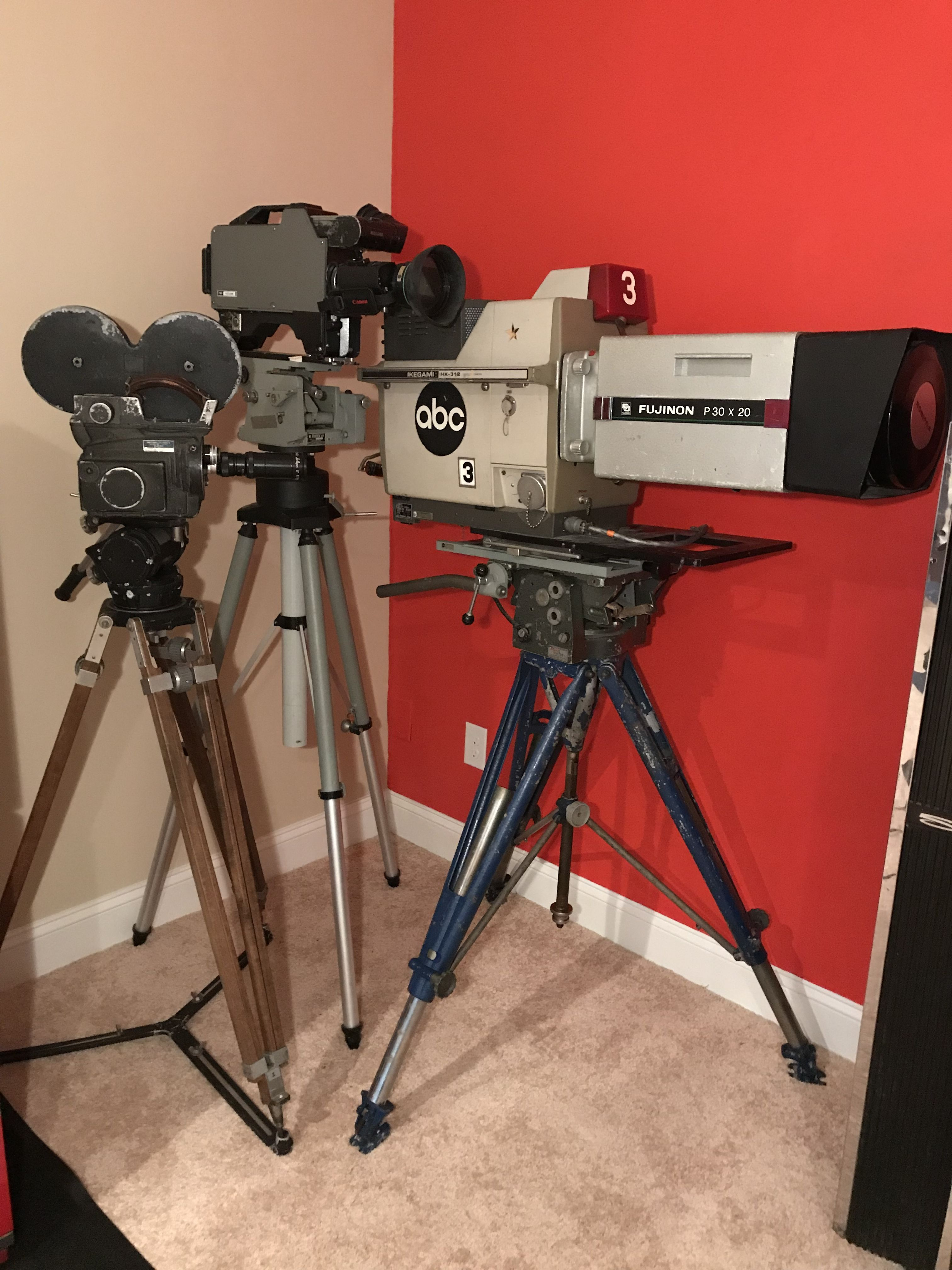 Vintage TV Cameras Television Vintage tv, Vintage