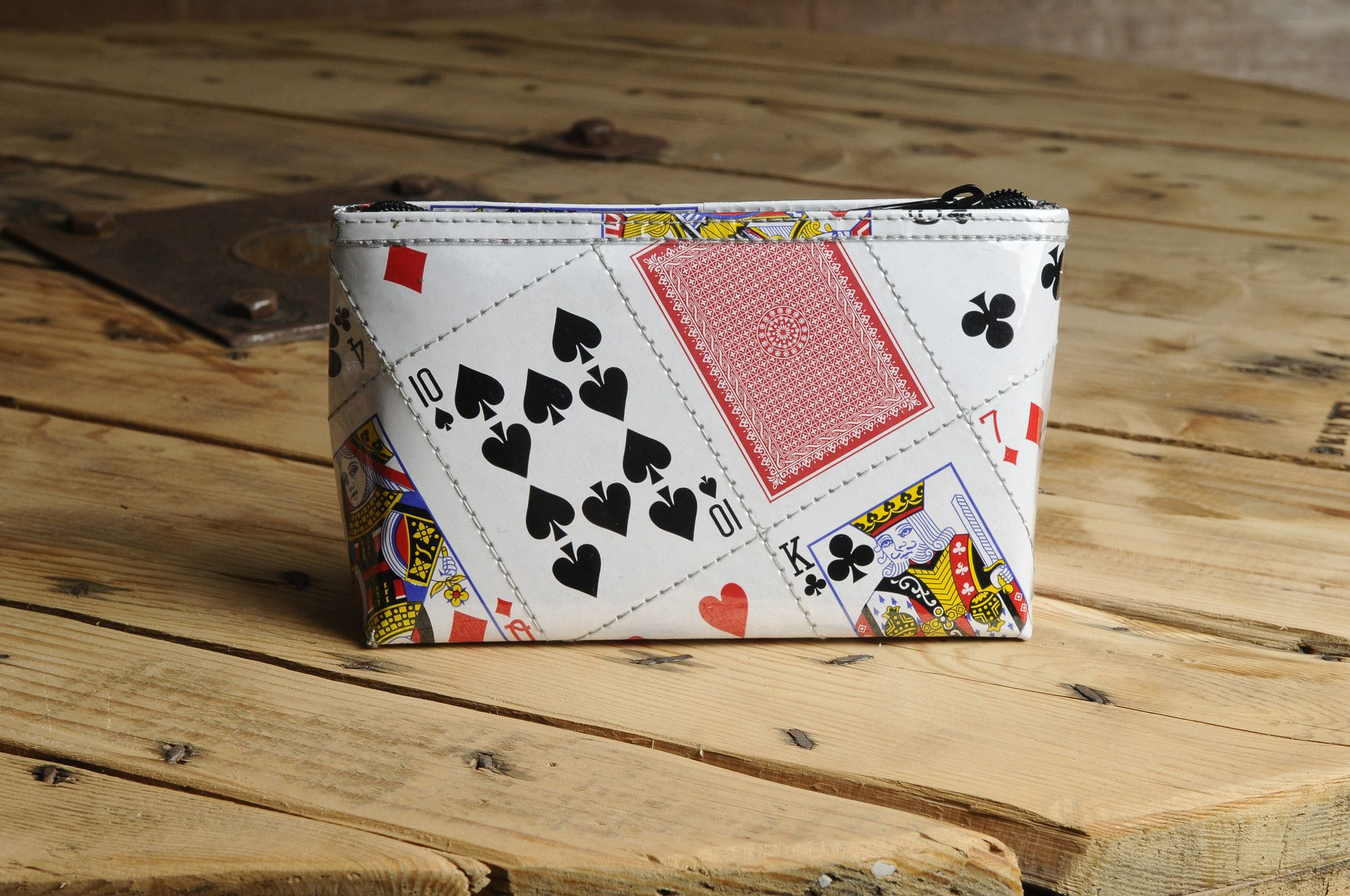 Upcycled Makeup bag Large - Playing cards from Ecommmax. Find it now at http://ift.tt/2bs1VHR! #upcycled #recycled #makeup #cards #gift #handmade
