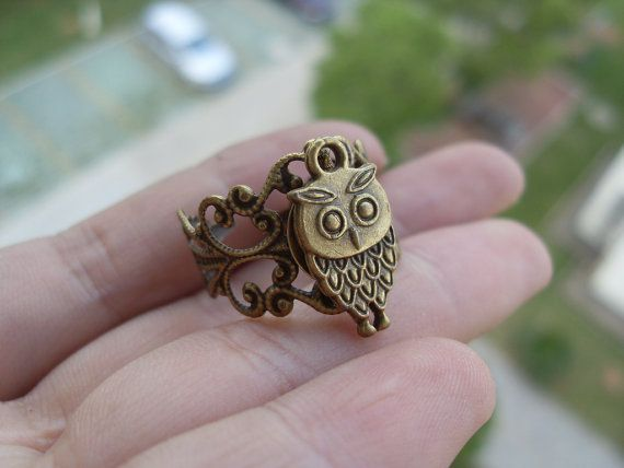 antique Bronze  cute owl ring jewelry ( adjustable size)