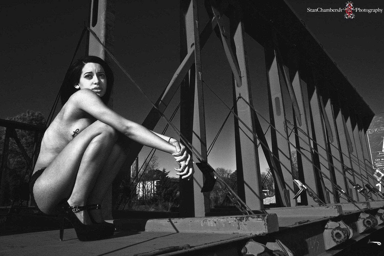 Nude black latina model