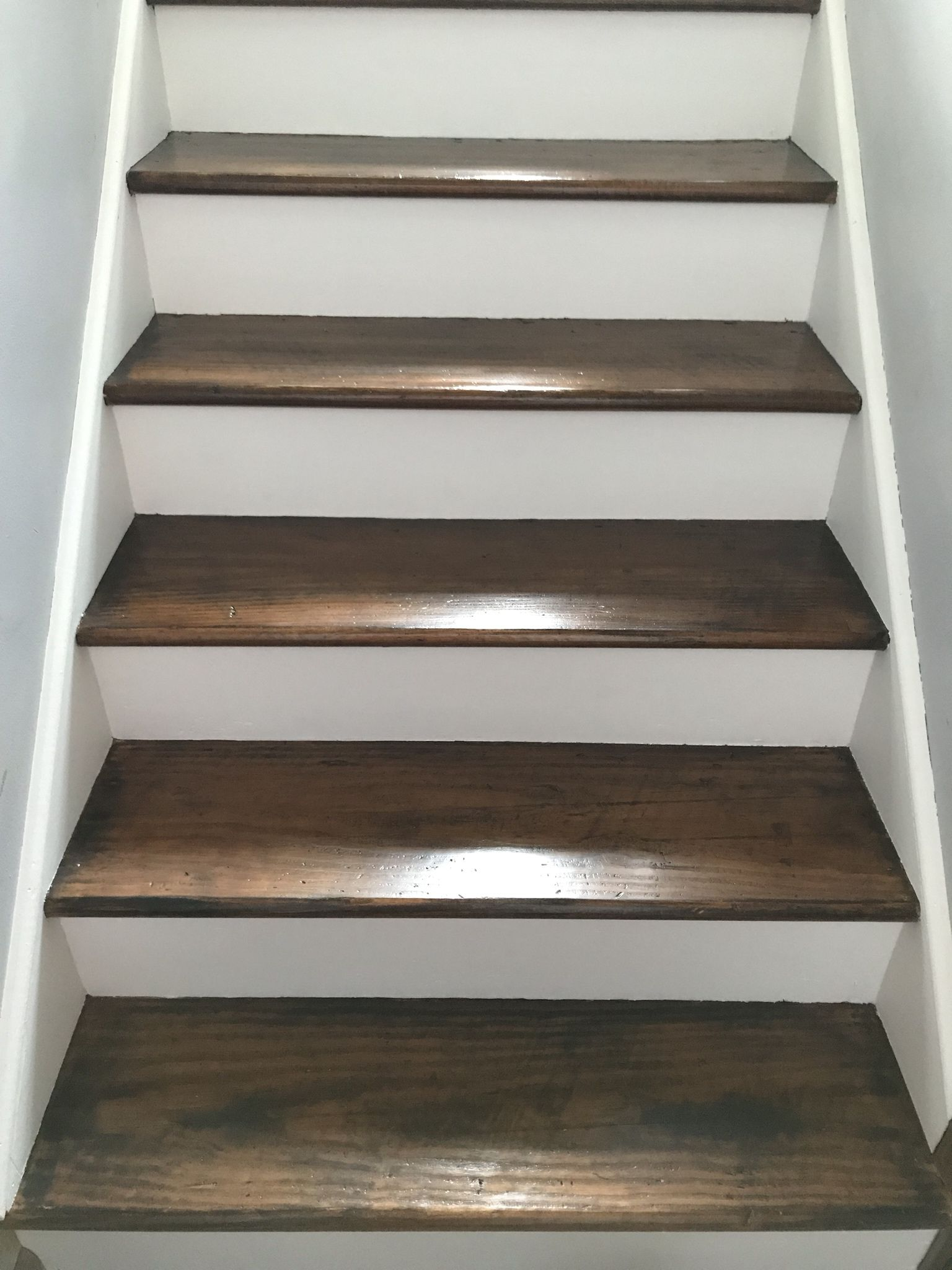 Best Redid My Stairs I Started Out By Sanding The Stairs And 640 x 480