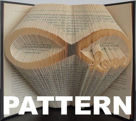 book folding pattern infinity symbol with von bookfoldingaustralia kl ppeln pinterest. Black Bedroom Furniture Sets. Home Design Ideas