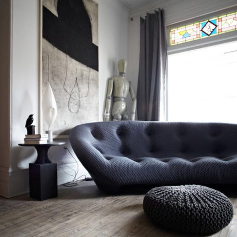 10 Living Rooms We Love: Living Rooms With Nap-Worthy Sofas