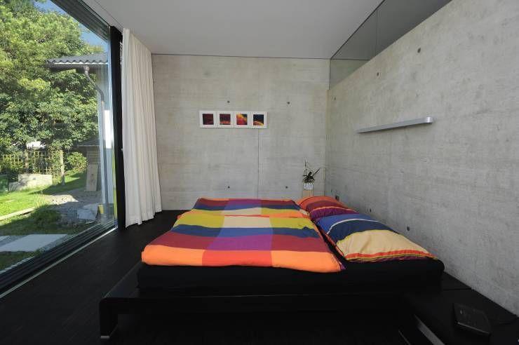 Dormitorios de estilo moderno por schroetter-lenzi Architekten