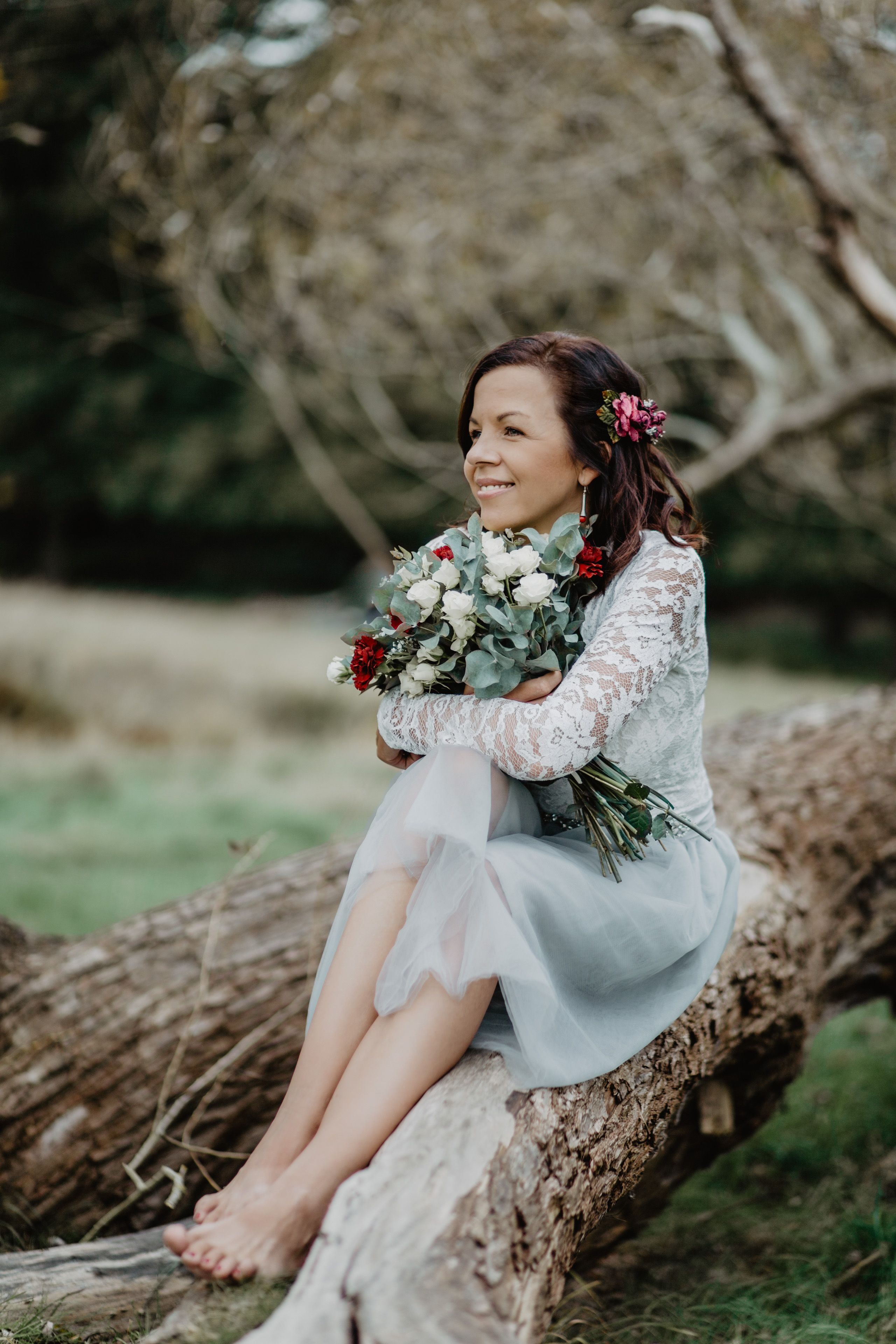 Beautiful outdoors elopement in richmond london england loved the