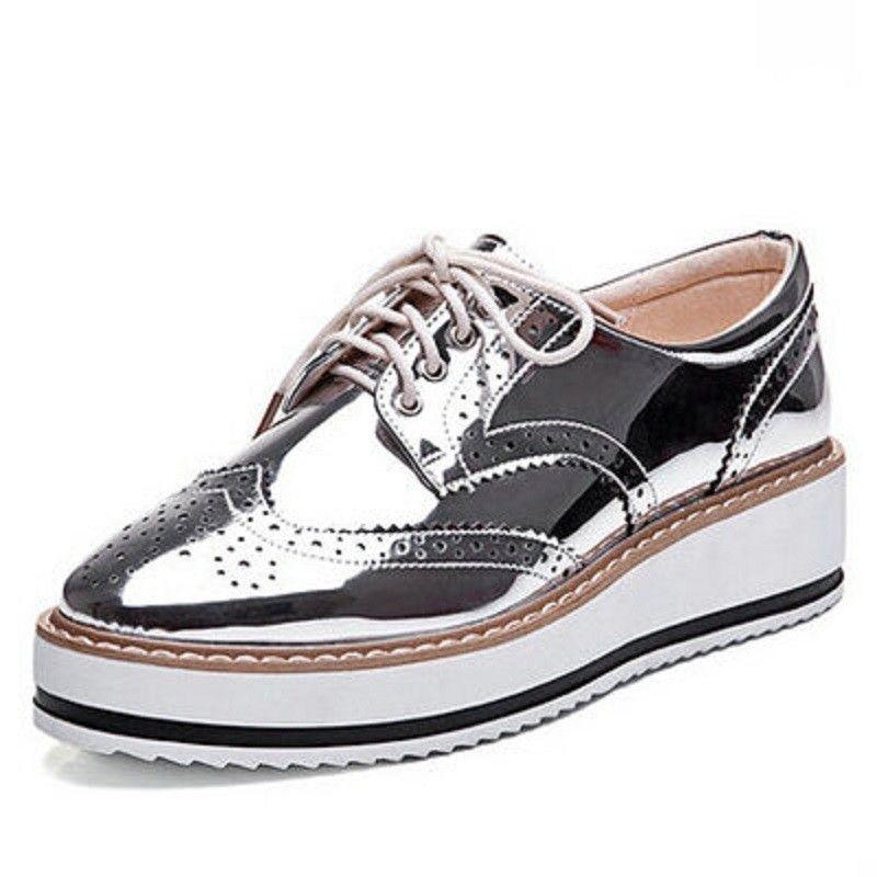 9fc49bc9448 New mulheres asas Oxford Lace Up plataforma listrada metálico de prata do  Vintage plataforma boi plana sapatos femininos em Sapato baixo de Sapatos  no ...