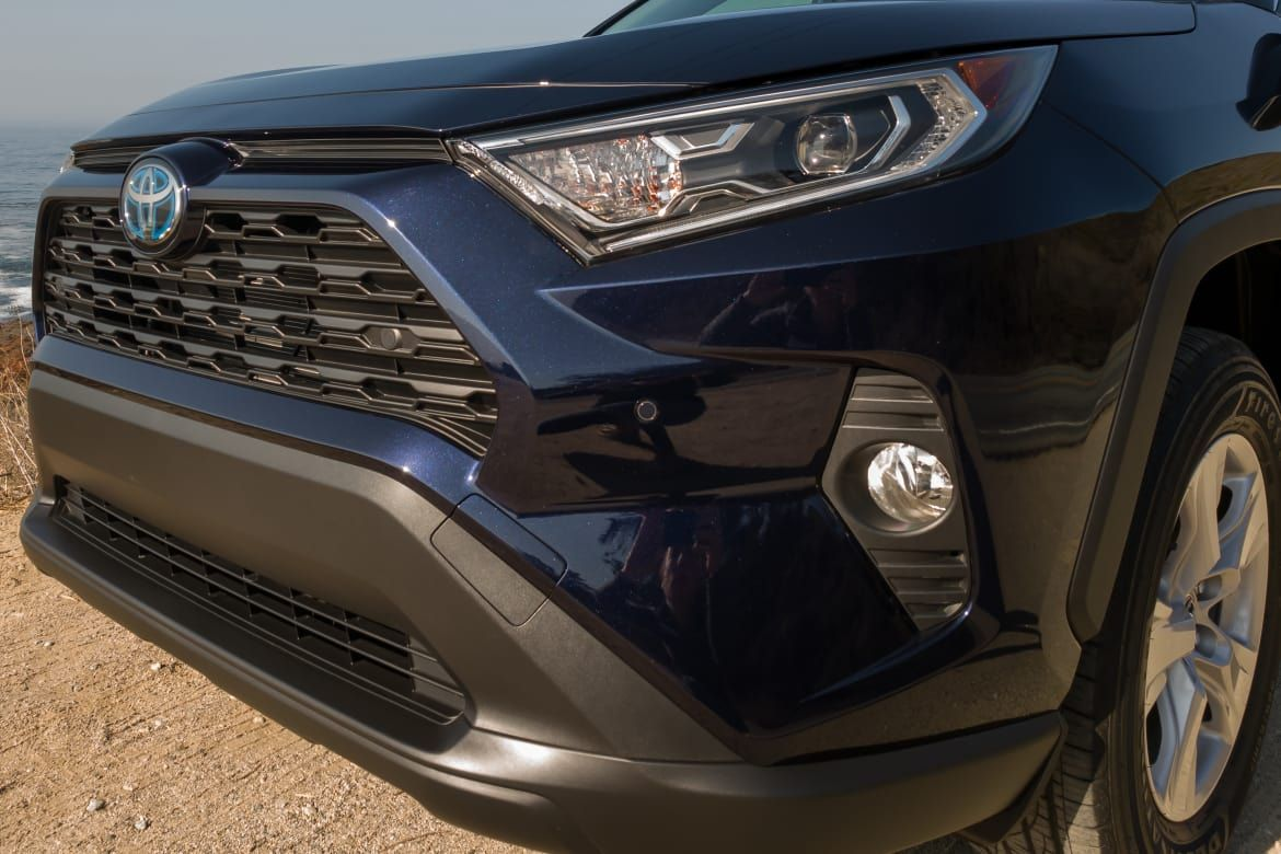 2019 toyota rav4 review delivers more costs more
