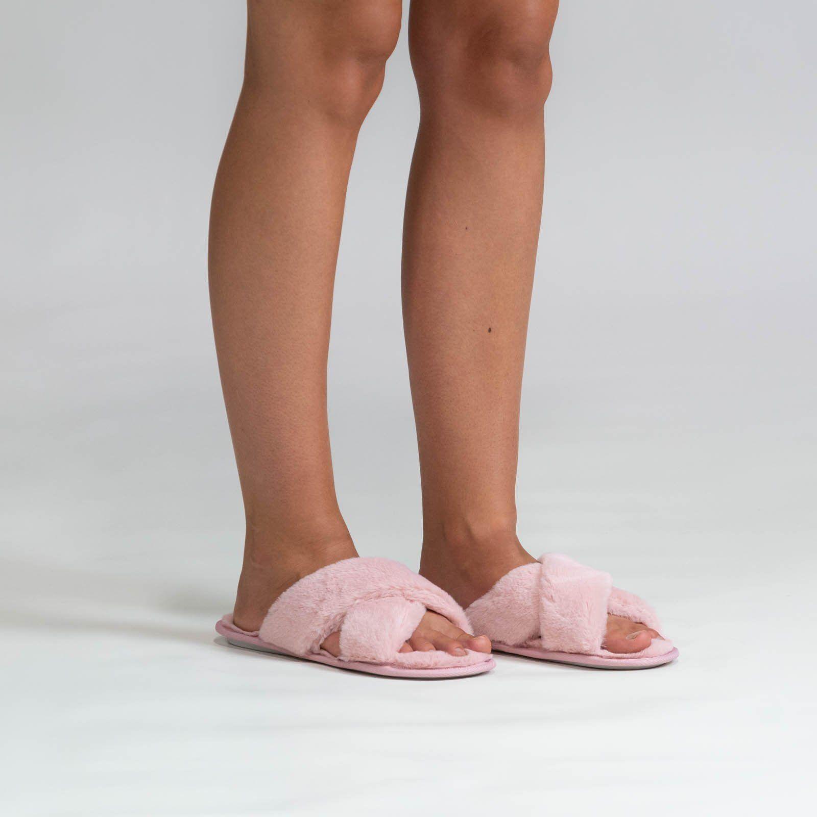 Oodie Slippers in 2020 | Cute clothing