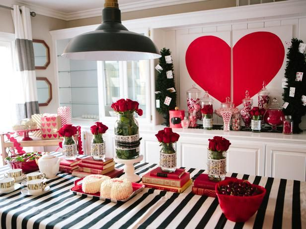 How To Plan A Queen Of Hearts Baby Shower For Multiples