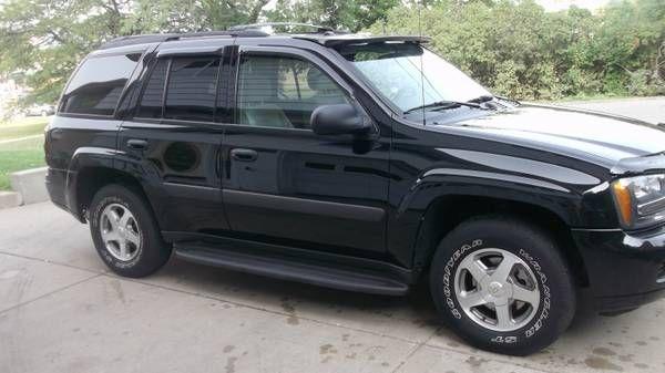 Make Chevrolet Model Trailblazer Year 2005 Exterior Color Black