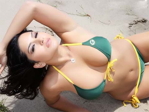 With you Sunny leone green bay packers happens. can