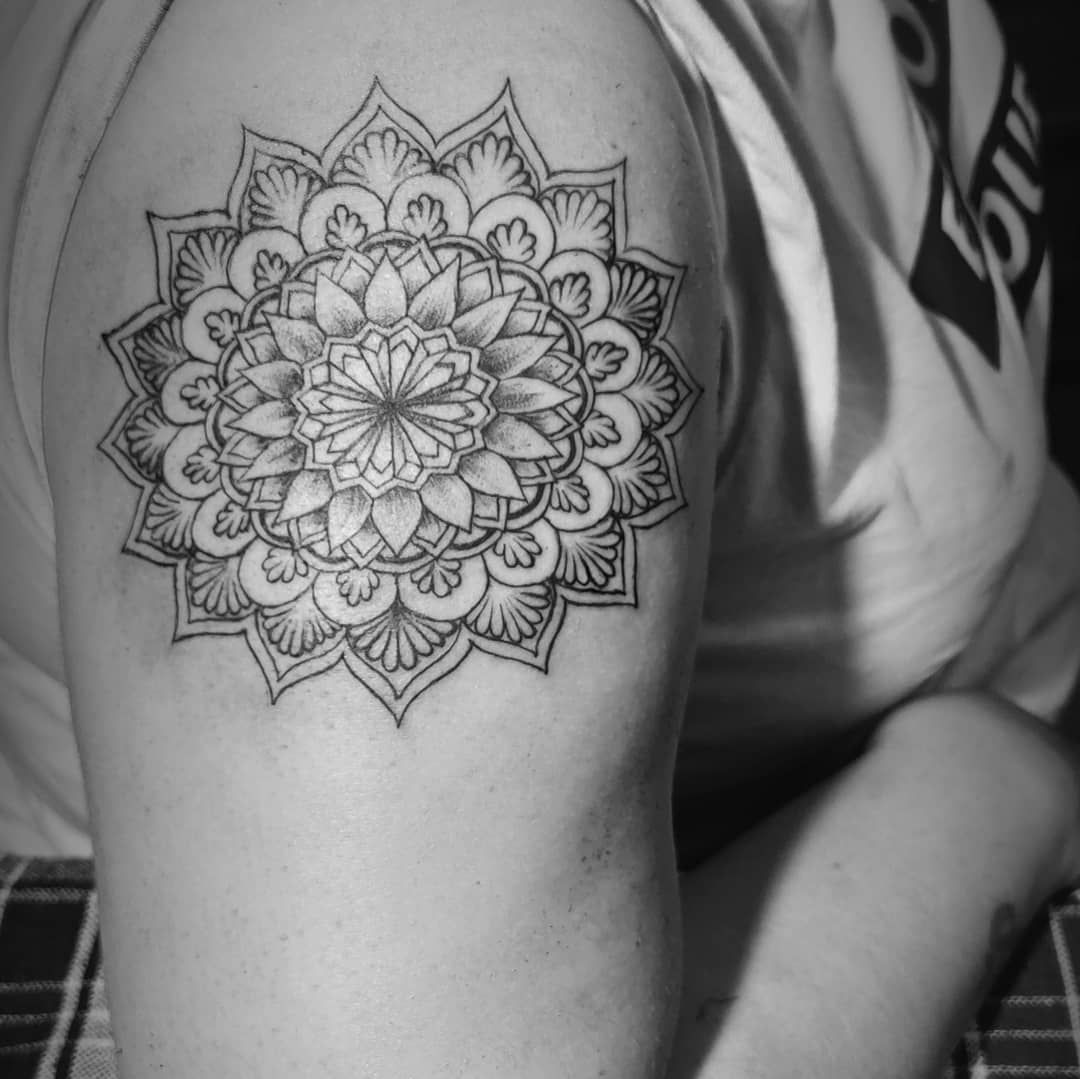 "mandala tattoos  Mandala is the Sanskrit word for ""circle"", and as a tattoo, is composed of shapes and symbols that radiate from the center outwards in a circular pattern. Like a circle, a mandala is meant to reflect balance, eternity, and perfection. #tattoo#mandala#circle#mandalatattoo#balance#eternity#perfection#tattoolove#tattoolover#tattoolovers#blackmandala#inktattoo#dombivali#dombivalikars#happiness"