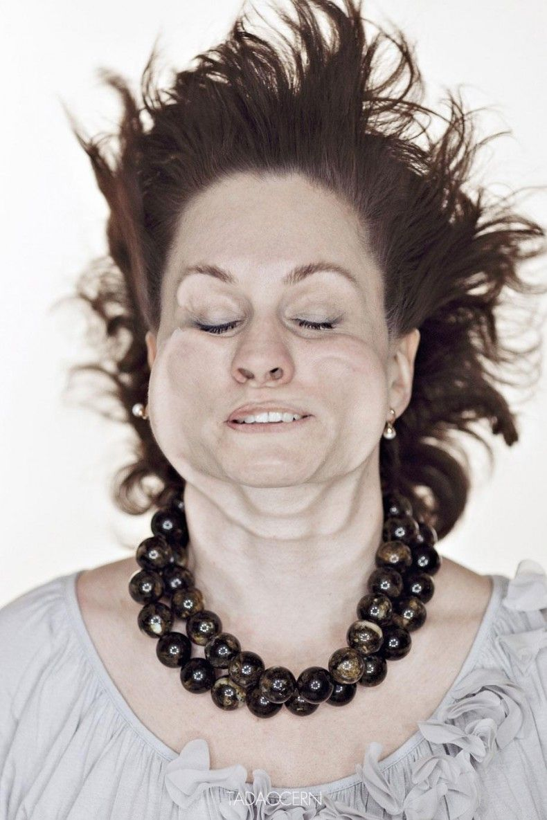 Πώς είναι ένα πρόσωπο όταν το φυσάει αέρας με ταχύτητα 300 χλμ/ωρα