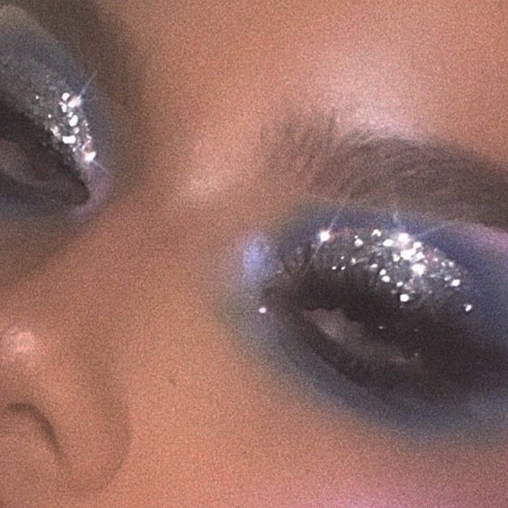 Photo of Love this glitter eye look!   #glitter #glittervibes #glitterbomb –  Love this g…