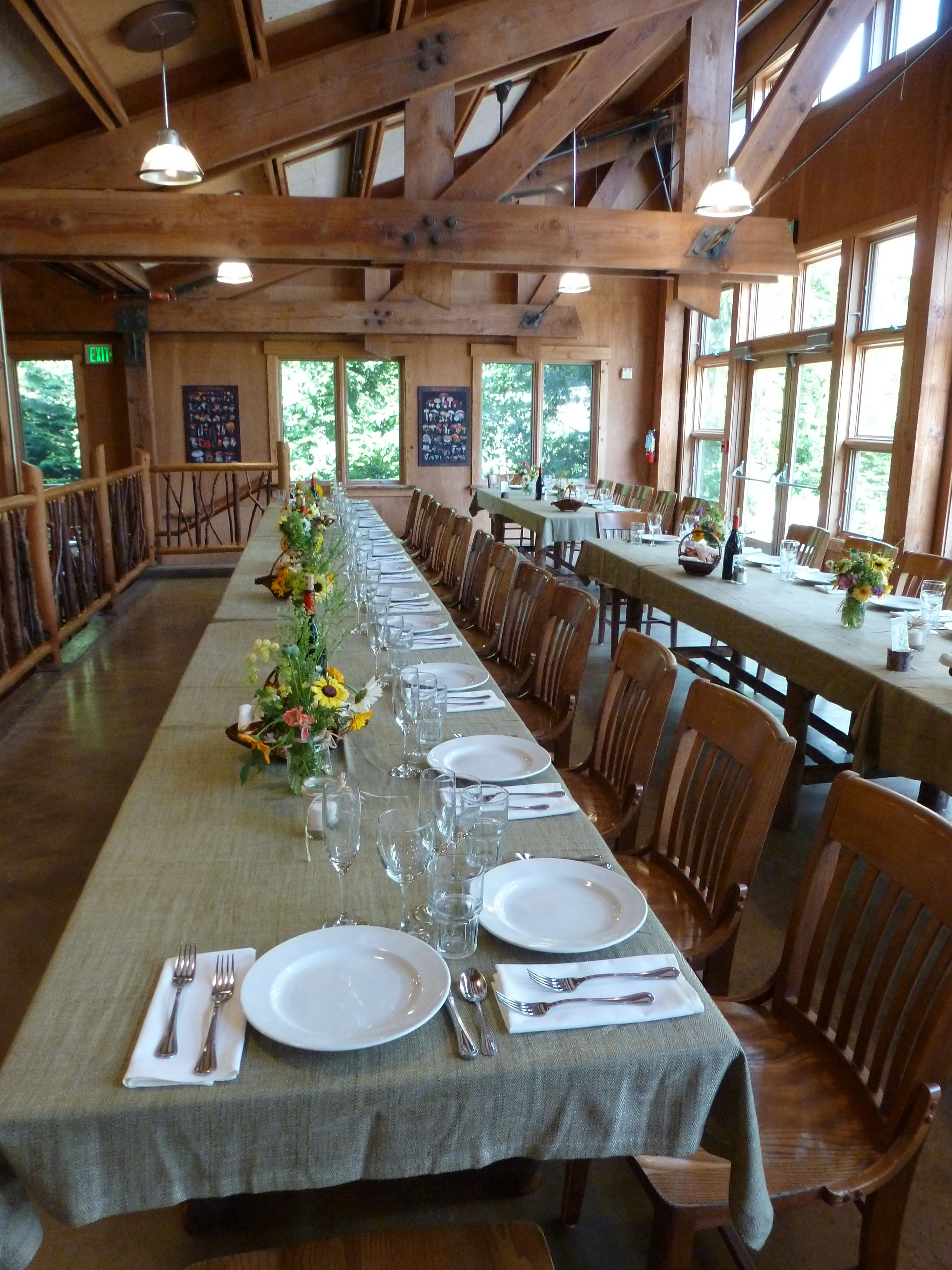 Islandwood Tables and Tablecloths