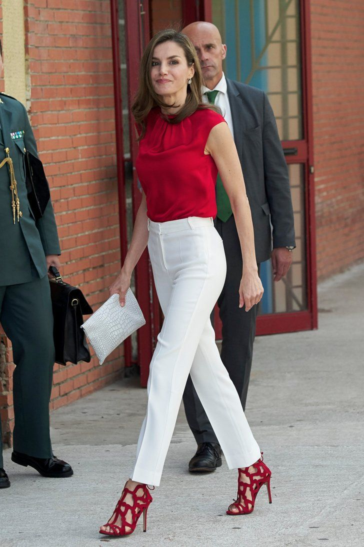 549e53420a22 Queen Letizia Is the Candy Cane of Your Dreams in This Red and White Outfit