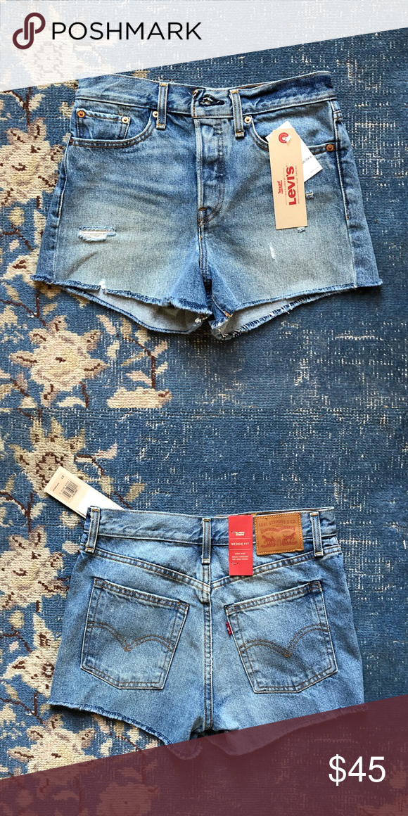 f6f36e6c92 NWT Levi's Wedgie Fit Cutoff Shorts 27 New with tags :) Levi's Shorts Jean  Shorts