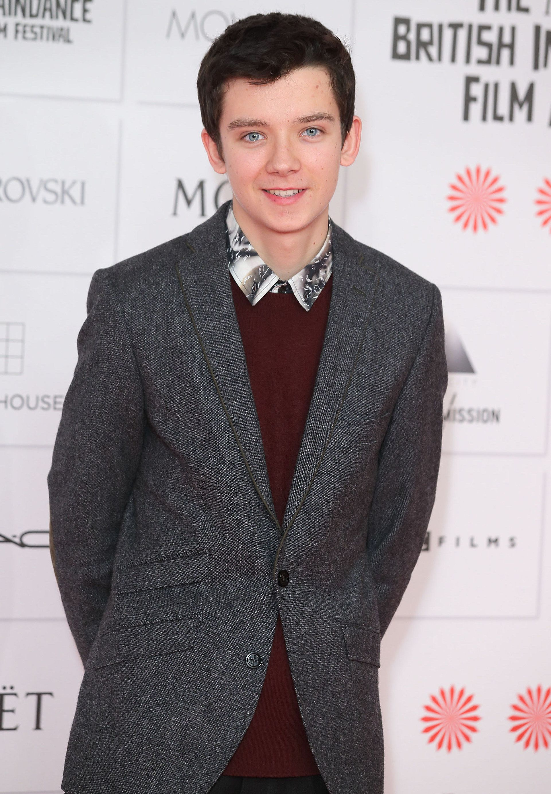 He stands at a height of 6 ft or else 1.83 m or 183 cm. Asa Butterfield Asa Buterfield Asa Butterfield Asa