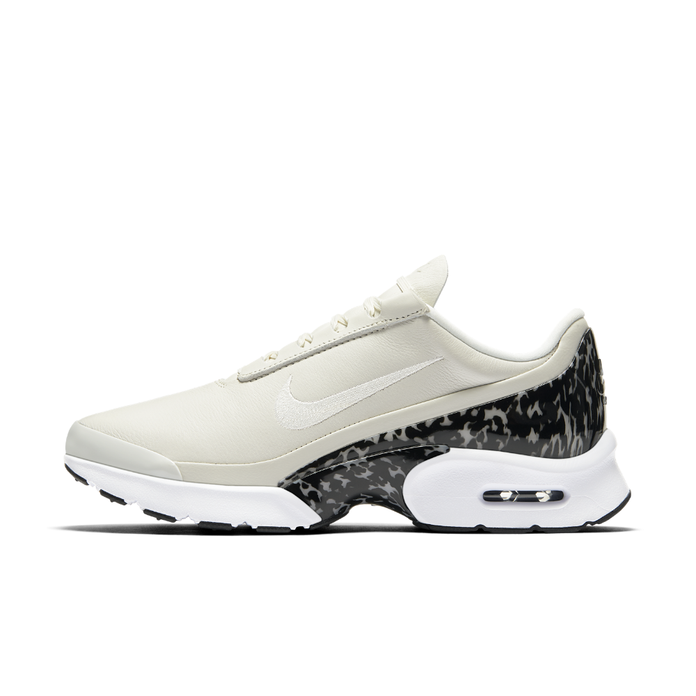 Nike Air Max Jewell LX Women's Shoe Size 8.5 (Cream