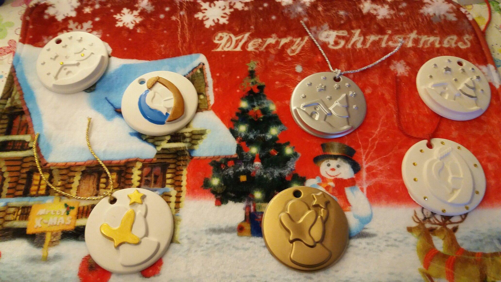 Medaglioni natalizi in gesso ceramico profumato misura tutto